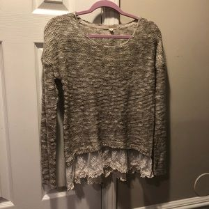 Rewind lace trim shark bite hem sweater Medium